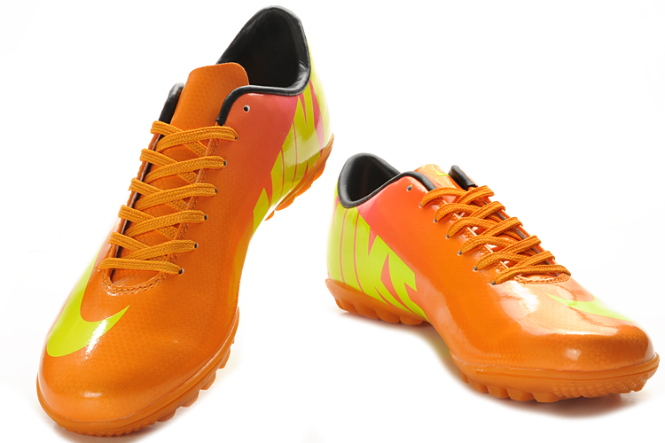 Nike IV TF Football Boots Sales