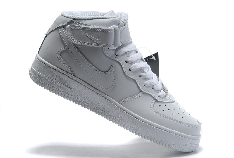 Nike Air Force 1'07 Shoes