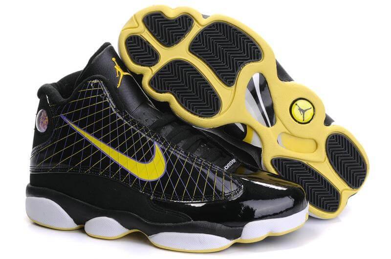 Air Jordan 13 James