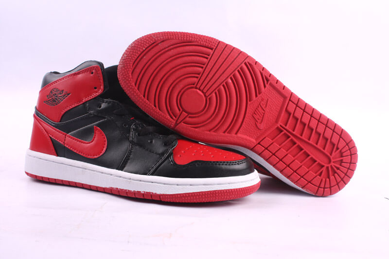 Air Jordan 1 Retro 2011 New