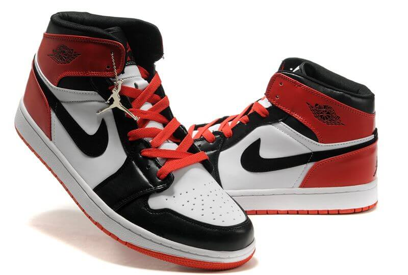 Air Jordan 1 Retro Shoes white red