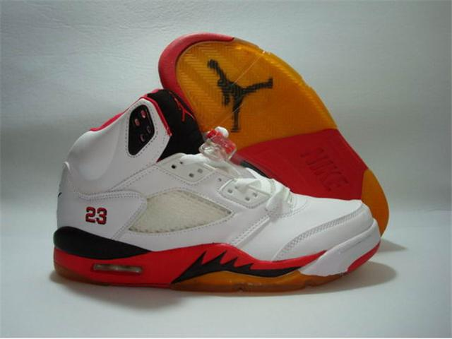 Jordan 5 Retro Shoe in low price