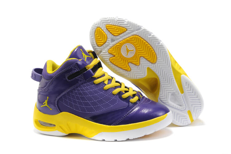 Jordan New School Women's Basketball Shoes