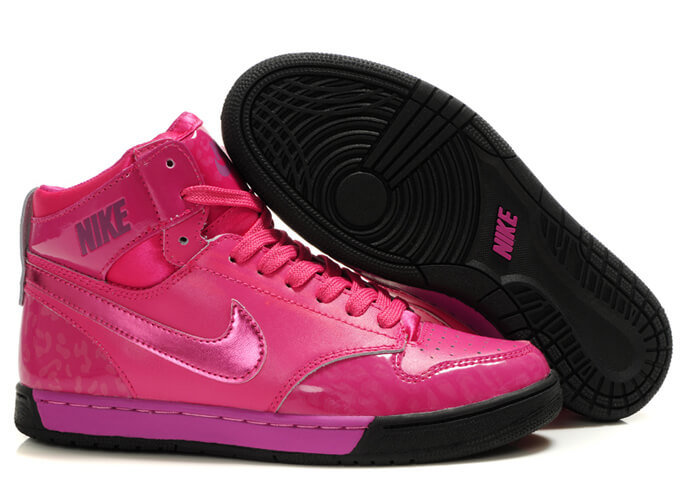Nike WMNS Air Royal TY HI in Pink