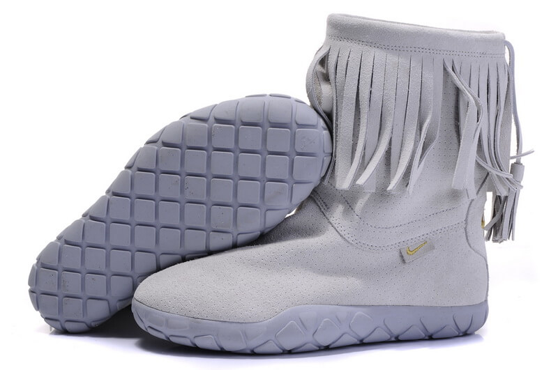Nike Boots in cheap